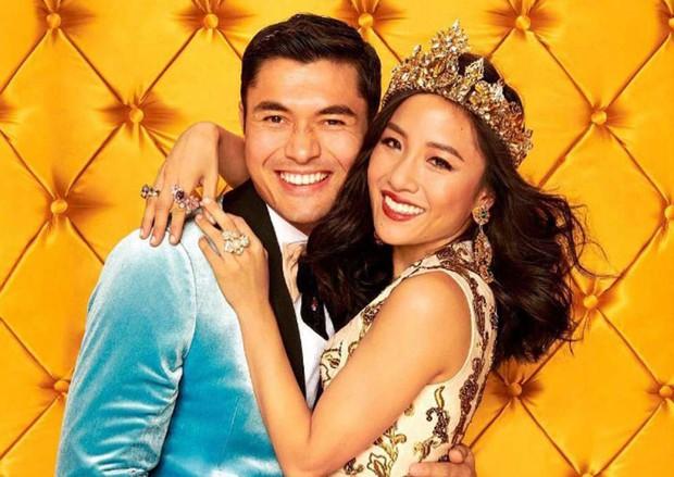 Crazy Rich Asians trở thành phim hài - tình cảm có doanh thu cao nhất trong vòng một thập kỷ - Ảnh 2.