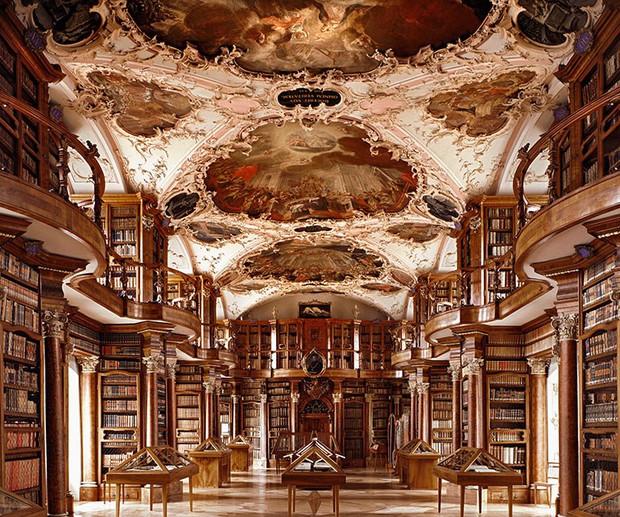 Choáng ngợp với bộ ảnh những thư viện đẹp nhất thế giới: Nơi để đọc sách thôi có cần sang trọng, đẳng cấp như vậy không? - Ảnh 12.