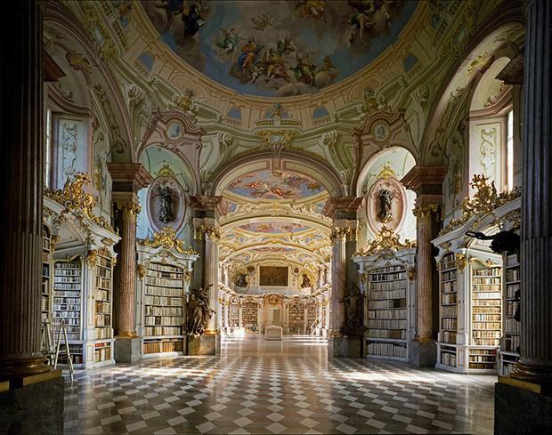 Choáng ngợp với bộ ảnh những thư viện đẹp nhất thế giới: Nơi để đọc sách thôi có cần sang trọng, đẳng cấp như vậy không? - Ảnh 13.