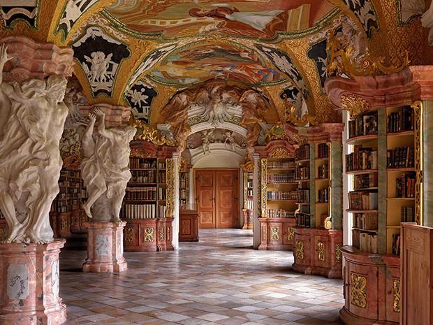 Choáng ngợp với bộ ảnh những thư viện đẹp nhất thế giới: Nơi để đọc sách thôi có cần sang trọng, đẳng cấp như vậy không? - Ảnh 9.