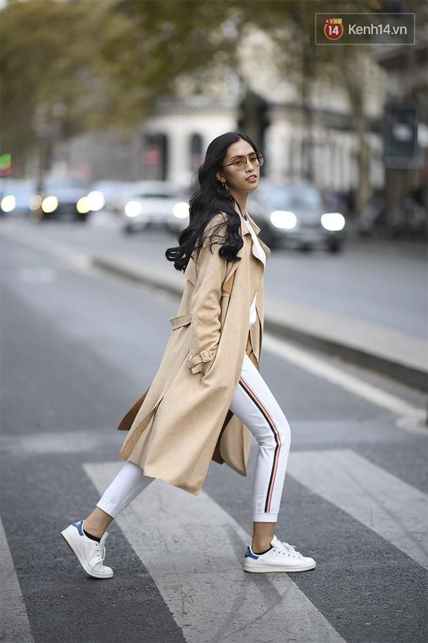 Hoa hậu Tiểu Vy mặt mộc dạo phố Paris, khoe vẻ đẹp đầy sức sống của tuổi 18 - Ảnh 5.