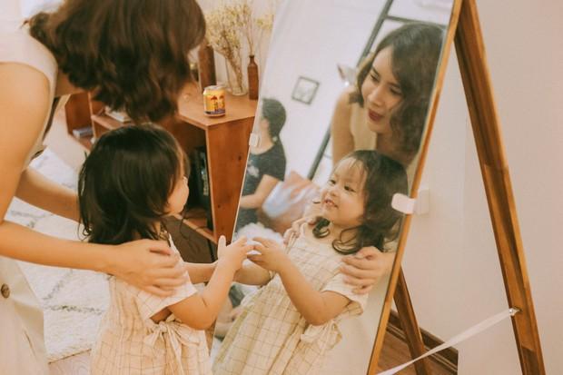 Lưu Hương Giang - Hồ Hoài Anh lần đầu chụp ảnh gia đình đủ 4 thành viên, hé lộ con gái hơn 2 tuổi lớn phổng phao - Ảnh 7.