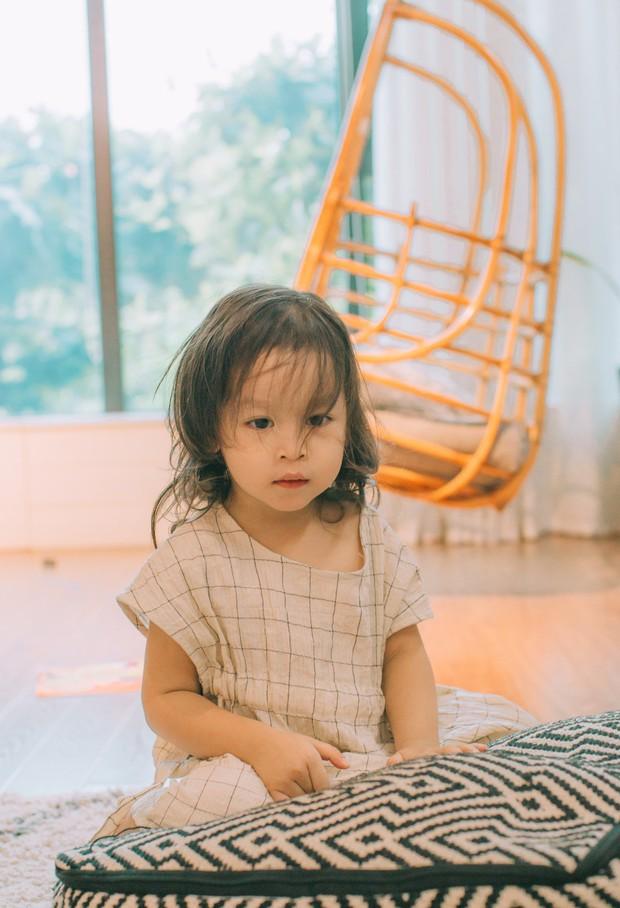 Lưu Hương Giang - Hồ Hoài Anh lần đầu chụp ảnh gia đình đủ 4 thành viên, hé lộ con gái hơn 2 tuổi lớn phổng phao - Ảnh 15.