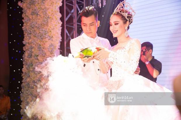 Lâm Khánh Chi chia sẻ về đám cưới bị lỗ nặng khiến ai cũng cười - Ảnh 2.