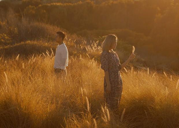Kỷ niệm 1 năm yêu nhau, chàng du học sinh chở bạn gái đi chụp bộ ảnh đẹp như phim và bất ngờ cầu hôn - Ảnh 8.