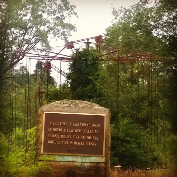 Công viên bỏ hoang Lake Shawnee: Xây dựng trên nghĩa địa của thổ dân bản xứ, hàng loạt cái chết xảy ra từ khi mới khánh thành - Ảnh 2.