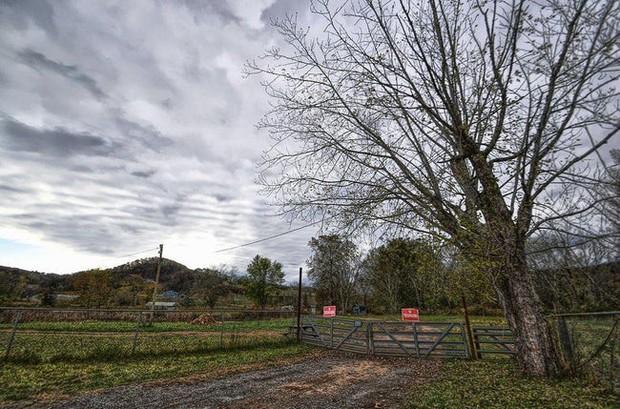 Công viên bỏ hoang Lake Shawnee: Xây dựng trên nghĩa địa của thổ dân bản xứ, hàng loạt cái chết xảy ra từ khi mới khánh thành - Ảnh 12.