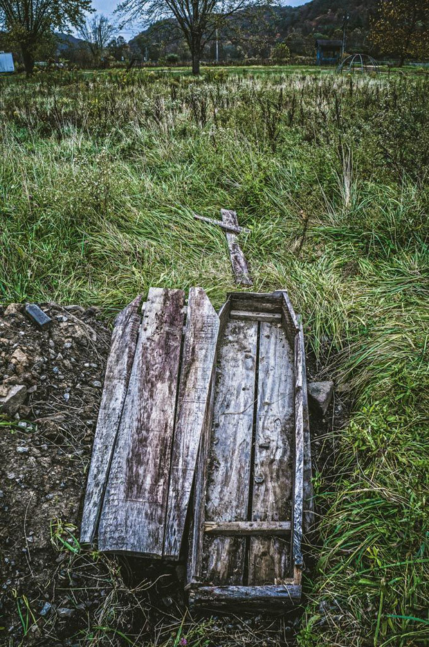 Công viên bỏ hoang Lake Shawnee: Xây dựng trên nghĩa địa của thổ dân bản xứ, hàng loạt cái chết xảy ra từ khi mới khánh thành - Ảnh 13.