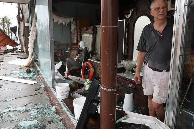 Siêu bão Michael đổ bộ vào Mỹ và Panama với sức tàn phá khủng khiếp - Ảnh 11.