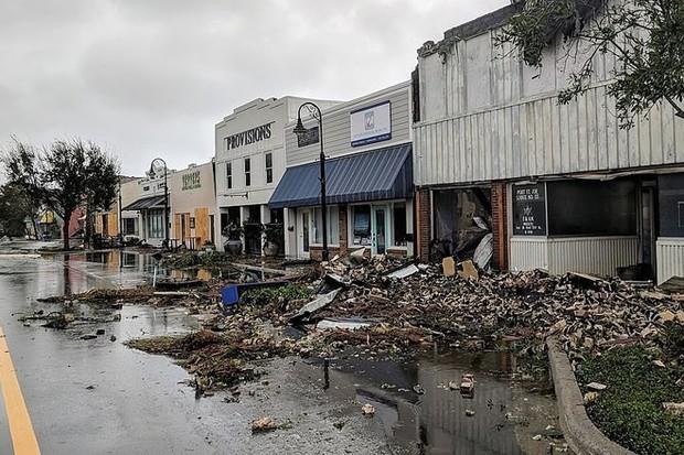 Siêu bão Michael đổ bộ vào Mỹ và Panama với sức tàn phá khủng khiếp - Ảnh 12.