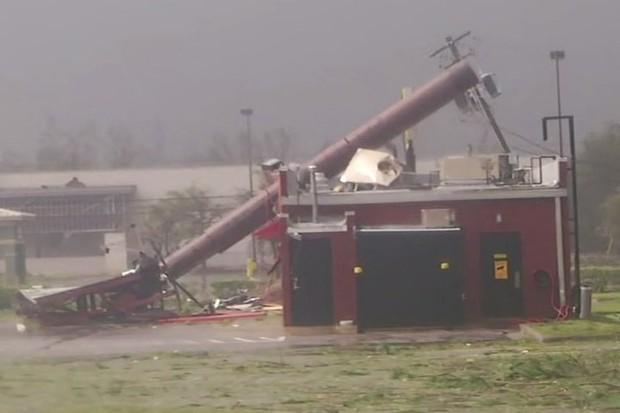 Siêu bão Michael đổ bộ vào Mỹ và Panama với sức tàn phá khủng khiếp - Ảnh 13.