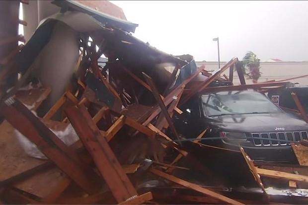 Siêu bão Michael đổ bộ vào Mỹ và Panama với sức tàn phá khủng khiếp - Ảnh 16.