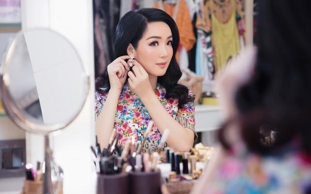 Showbiz Việt có 4 mỹ nhân U50 nhan sắc bất biến với thời gian - Ảnh 13.