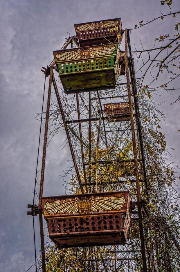 Công viên bỏ hoang Lake Shawnee: Xây dựng trên nghĩa địa của thổ dân bản xứ, hàng loạt cái chết xảy ra từ khi mới khánh thành - Ảnh 14.