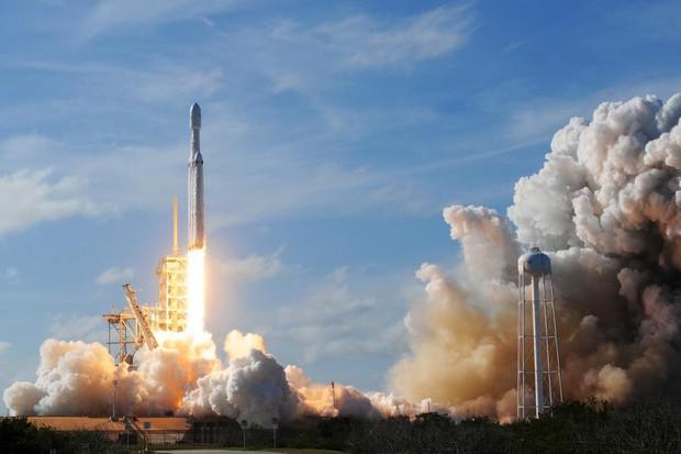 Ai cũng bảo du lịch không gian đang phát triển cực mạnh, nhưng có thực là như thế không? - Ảnh 2.