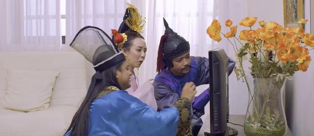 Chán làm chị Mười Ba đánh đấm, Thu Trang nghĩ ra chiêu tắm trắng không ai dám bắt chước trong webdrama cổ trang xuyên không - Ảnh 13.
