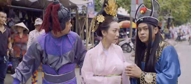 Chán làm chị Mười Ba đánh đấm, Thu Trang nghĩ ra chiêu tắm trắng không ai dám bắt chước trong webdrama cổ trang xuyên không - Ảnh 4.