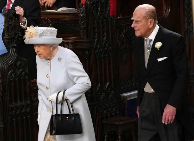 Những hình ảnh trong đám cưới cổ tích của Công chúa Eugenie - cháu gái Nữ hoàng Anh - Ảnh 13.