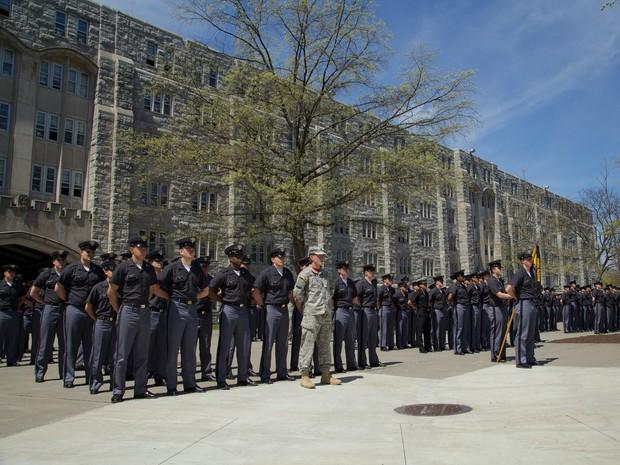 Khám phá bên trong Học viện Quân sự Hoa Kỳ, nơi đào tạo những công dân Mỹ hoàn hảo nhất - Ảnh 30.