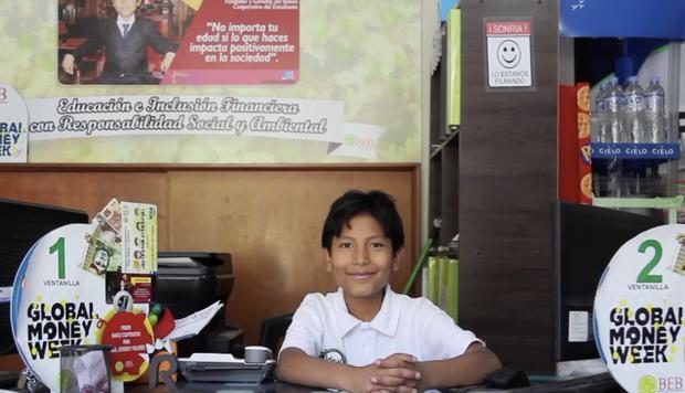 Mới 13 tuổi, cậu bé này đã sở hữu ngân hàng Học sinh với hơn 2000 khách, hợp tác với các công ty lớn nhất quốc gia - Ảnh 3.