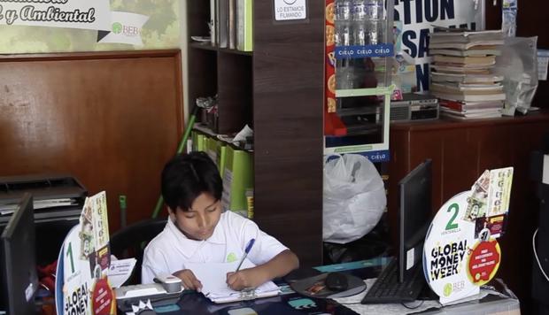 Mới 13 tuổi, cậu bé này đã sở hữu ngân hàng Học sinh với hơn 2000 khách, hợp tác với các công ty lớn nhất quốc gia - Ảnh 4.