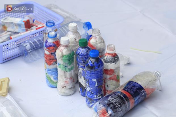 Làm gạch từ túi ni lông, không sử dụng chai nhựa 1 lần... học sinh ngày nay biết nghĩ cho môi trường đến mức người lớn cũng phải ghen tỵ - Ảnh 7.
