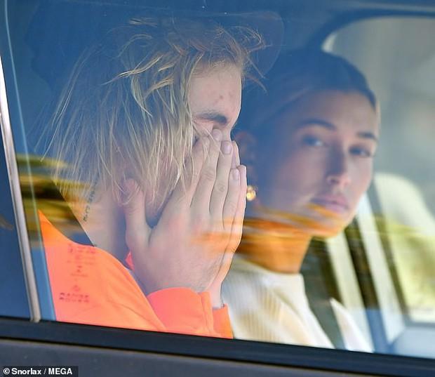 Chuyện Justin Bieber cưới người khác có thật sự là lý do làm Selena Gomez nhập viện điều trị tâm thần? - Ảnh 2.