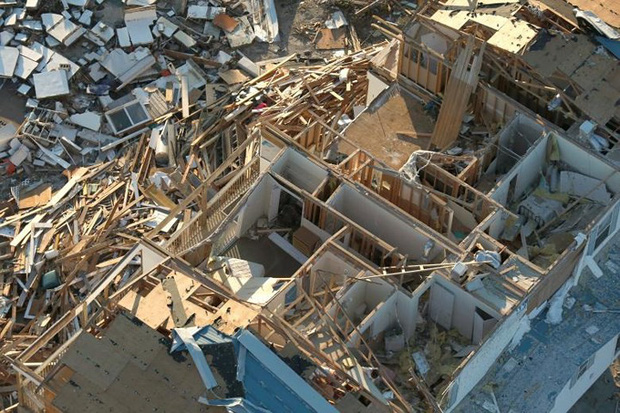 Khung cảnh tan hoang sau bão Michael nhìn từ trên cao - Ảnh 1.