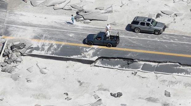 Khung cảnh tan hoang sau bão Michael nhìn từ trên cao - Ảnh 17.