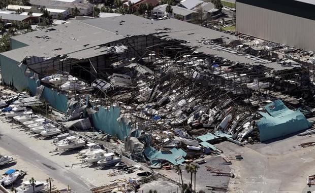 Khung cảnh tan hoang sau bão Michael nhìn từ trên cao - Ảnh 20.