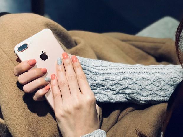 Đánh giá iPhone X sau 1 năm sử dụng: Tróc sơn, tai thỏ, Face ID, mức độ giữ giá và những vấn đề liên quan - Ảnh 25.