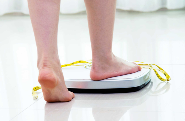 Ăn kiêng quá mức khiến bạn phải đối mặt với hàng loạt vấn đề sức khoẻ - Ảnh 4.