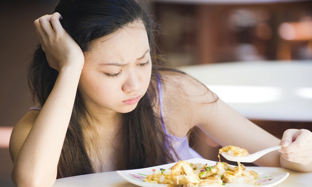 Ăn kiêng quá mức khiến bạn phải đối mặt với hàng loạt vấn đề sức khoẻ - Ảnh 5.