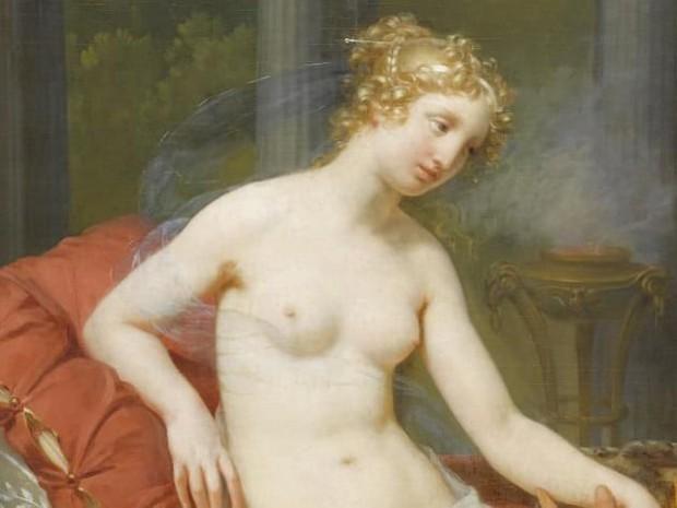 10 bí quyết làm đẹp kinh dị của các huyền thoại nhan sắc: Phụ nữ ngày nay liệu có dám thử? - Ảnh 9.