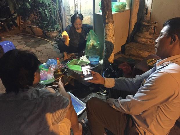 Vụ cô gái bị bạn trai cũ đâm dã man trên phố Hà Nội: Người yêu mới của nạn nhân đau buồn, mong sớm bắt được hung thủ - Ảnh 4.