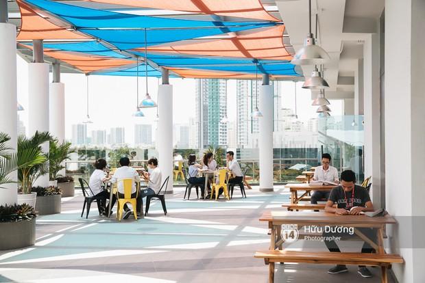 Thư viện các trường Đại học ở Việt Nam: Nơi sang chảnh 129 tỷ đồng, nơi đẹp đến mức đứng đâu cũng ra ảnh nghìn like - Ảnh 12.