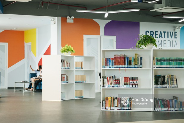 Thư viện các trường Đại học ở Việt Nam: Nơi sang chảnh 129 tỷ đồng, nơi đẹp đến mức đứng đâu cũng ra ảnh nghìn like - Ảnh 10.
