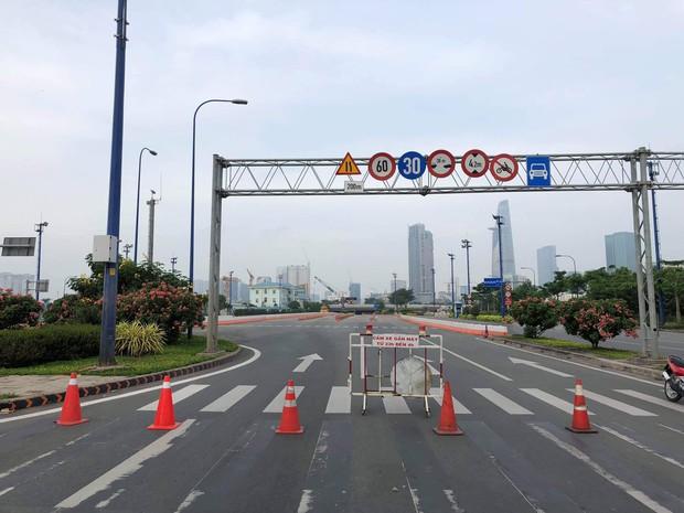 Hầm Sài Gòn: Nguyên nhân vụ sập công trình ở cửa hầm Sài Gòn gây ùn tắc - Ảnh 2.