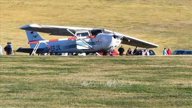 Máy bay Cessna đâm vào đám đông làm 8 người thương vong - Ảnh 1.