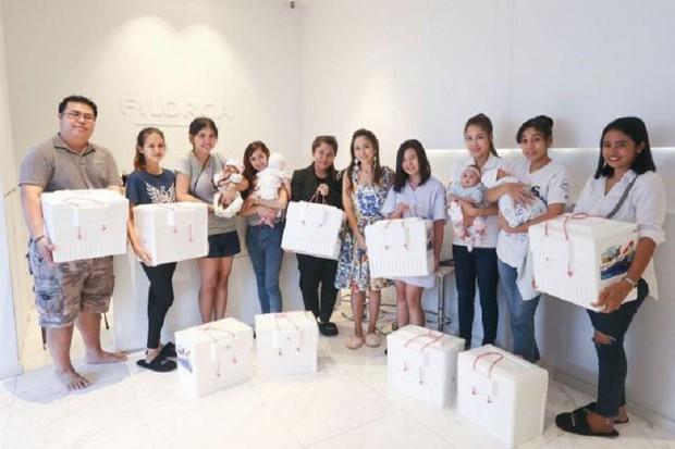 Hot mom Thái Lan đem 15 tủ lạnh chứa đầy sữa của chính mình đi quyên góp từ thiện gây tranh cãi lớn trên MXH - Ảnh 4.