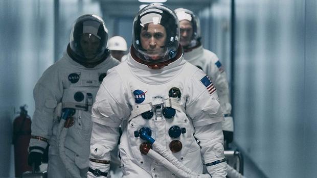 Ryan Gosling chỉ vì 1 câu vạ mồm đã đốt gọn 105 tỉ doanh thu của First Man? - Ảnh 1.