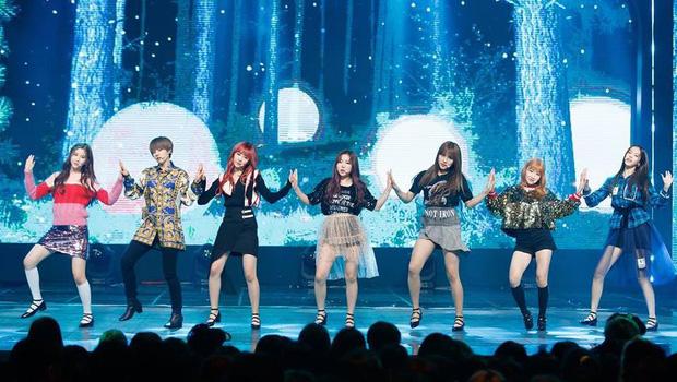 Girlgroup tân binh GWSN lại bị netizen so sánh với f(x) khi tiết lộ ý nghĩa tên nhóm - Ảnh 1.