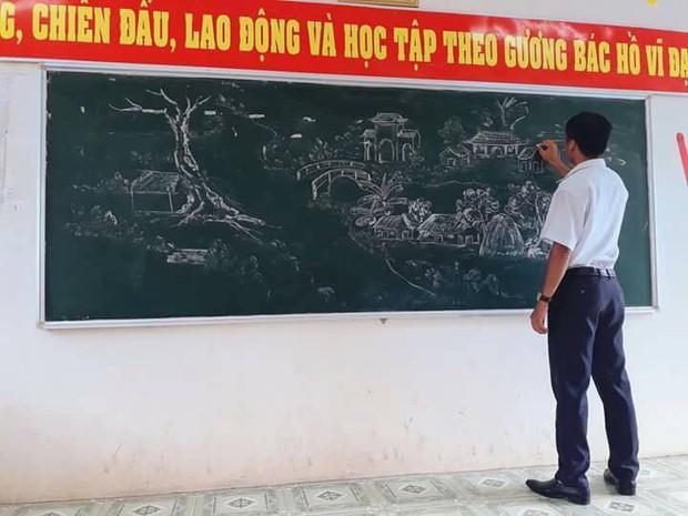 Đâu chỉ viết đẹp hơn đánh máy, giáo viên ngày nay còn vẽ đẹp ngang ngửa hoạ sĩ đây này - Ảnh 6.