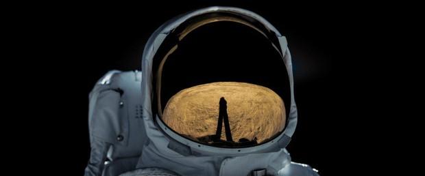 Hành trình chinh phục Mặt Trăng kịch tính và chóng mặt trong First Man - Ảnh 4.