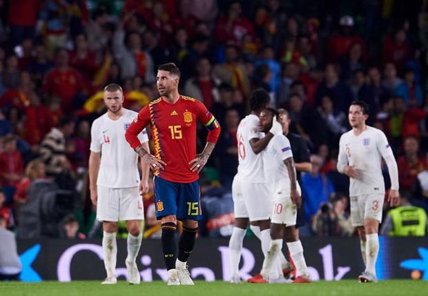 Cặp chân gỗ bất ngờ thay nhau sáng lòa, ĐT Anh xuất sắc hạ gục Tây Ban Nha 3-2 - Ảnh 11.
