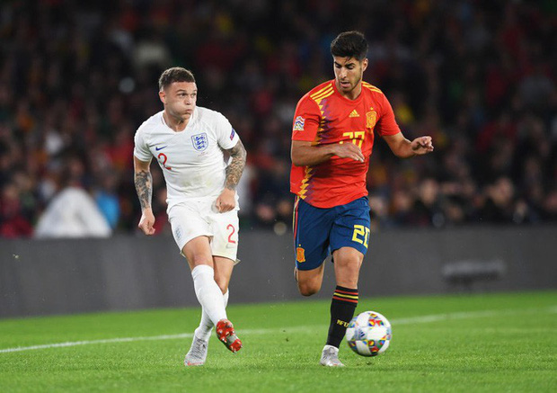 Cặp chân gỗ bất ngờ thay nhau sáng lòa, ĐT Anh xuất sắc hạ gục Tây Ban Nha 3-2 - Ảnh 3.
