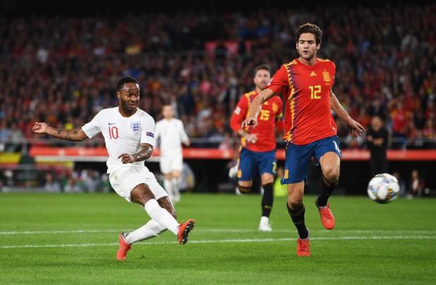 Cặp chân gỗ bất ngờ thay nhau sáng lòa, ĐT Anh xuất sắc hạ gục Tây Ban Nha 3-2 - Ảnh 4.
