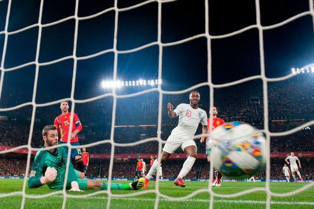 Cặp chân gỗ bất ngờ thay nhau sáng lòa, ĐT Anh xuất sắc hạ gục Tây Ban Nha 3-2 - Ảnh 5.