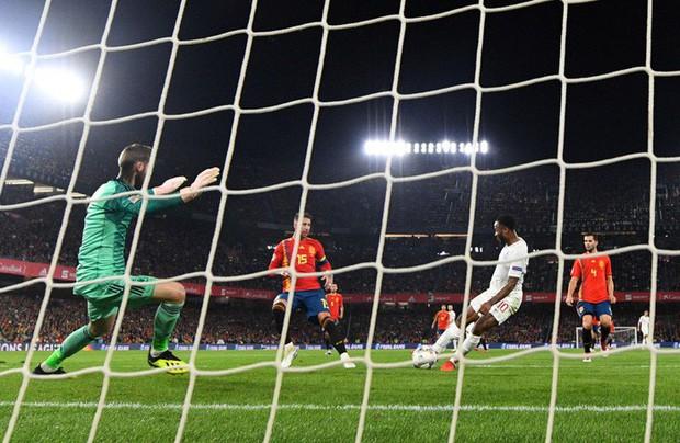 Cặp chân gỗ bất ngờ thay nhau sáng lòa, ĐT Anh xuất sắc hạ gục Tây Ban Nha 3-2 - Ảnh 7.