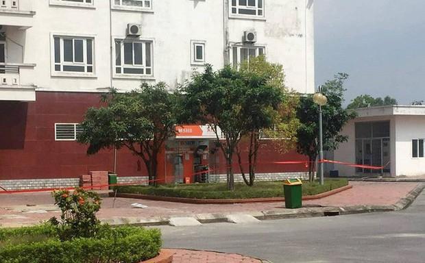 Khởi tố vụ án gài 10 thỏi mìn nặng 2kg trong cây ATM ở Quảng Ninh - Ảnh 1.
